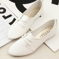 Low top shoes 35 36 37 38 39 40 Other / other White black Sharp point Flat bottom PU Shallow mouth Low heel (1-3cm) PU Spring of 2018 Youth (18-40 years old) Solid color