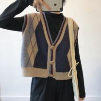 Fashion suit Autumn 2020 Average size Dark blue rhombic, white rhombic, black undergarment, white undergarment 18-25 years old 51% (inclusive) - 70% (inclusive) Viscose