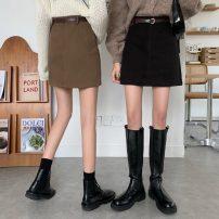 skirt Autumn 2020 S,M,L Khaki, black Short skirt commute High waist A-line skirt Solid color 18-24 years old 8617H 81% (inclusive) - 90% (inclusive) polyester fiber Korean version