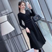 Women's large Autumn 2020 Black spot, black pre-sale (delivery after 10 days of payment) L (110-130 kg), XL (130-145 kg), 2XL (145-155 kg), 3XL (155-170 kg), 4XL (170-185 kg), 5XL (185-200 kg) Dress singleton  street easy moderate Socket Long sleeves Solid color V-neck Nylon, others routine zipper