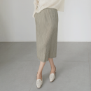 skirt Spring 2021 One size fits all , It is recommended to match with traceless safety underwear Peacock blue , Champagne Khaki , Tulip yellow , Oil blue , Dianyahei , Cherry Blossom powder , Lime white Mid length dress commute High waist Pencil skirt Solid color Type H 25-29 years old 1324B - E040