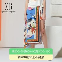 skirt Summer 2021 32/150/XS 34/155/S 36/160/M 38/165/L 40/170/XL Decor longuette grace Natural waist Type A 30-34 years old More than 95% XG / snow song polyester fiber Bandage printing Polyester 100%