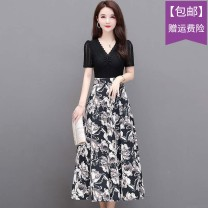 Dress Summer 2021 White flower, yellow flower L,XL,4XL,XXL,XXXL Mid length dress Fake two pieces Short sleeve Sweet V-neck middle-waisted Decor Socket A-line skirt Others Type A Lace, print XYKL-AS212 More than 95% brocade polyester fiber solar system