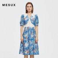 Dress Summer 2021 Blue printing XS/155 S/160 M/165 L/170 XL/175 Short skirt Short sleeve commute V-neck High waist Socket other puff sleeve 30-34 years old Type X Mesux / MI Xiu Retro Embroidered lace MJMUO406 More than 95% polyester fiber Polyester 100%