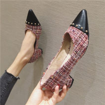 Low top shoes 35,36,37,38,39,40,41 Other / other Black, red Sharp point cloth Thick heel Low heel (1-3cm) Shallow mouth PU Spring 2020 Trochanter Europe and America Adhesive shoes Youth (18-40 years old) Solid color rubber Single shoes PU daily