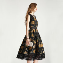 Dress Spring 2020 Gold thread with black background, gold thread with black background - reservation S,M,L,XL,2XL,3XL Mid length dress singleton  Sleeveless commute Crew neck middle-waisted Decor zipper Cake skirt Others 30-34 years old Type X Other / other Retro printing 1656 as before