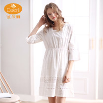 Nightdress Darley L886103-013 white M L XL luxurious three quarter sleeve Leisure home Middle-skirt spring Solid color youth square neck cotton lace More than 95% Woven cotton fabric L886103 Spring of 2018 Cotton 100% Pure e-commerce (online only)