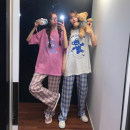 Fashion suit Summer 2021 Average size Black T-shirt D, white T-shirt D, rose T-shirt D, pink t-shirt D, black checked pants g, pink checked pants g, blue checked pants G 18-25 years old 31% (inclusive) - 50% (inclusive)