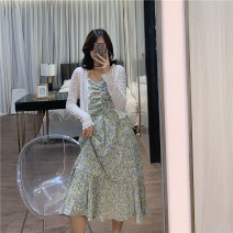 Dress Summer 2021 White shirt, green skirt, white shirt + green skirt Average size Mid length dress Two piece set Long sleeves Sweet V-neck High waist Broken flowers Socket A-line skirt camisole 25-29 years old Type A