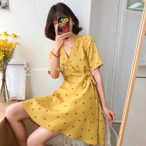 Women's large Spring 2021 Red, yellow, black, sling [white] Large XL, large L, 2XL, 3XL, 4XL, m, s singleton  Socket Short sleeve V-neck routine routine Other / other 51% (inclusive) - 70% (inclusive) Princess Dress Cotton 61% - 70%