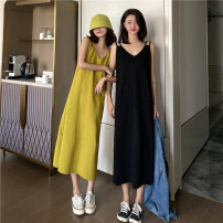 Dress Spring 2021 Black, yellowish green Average size Mid length dress singleton  Sleeveless commute V-neck Loose waist Solid color Socket other other camisole 18-24 years old Type H Korean version 51% (inclusive) - 70% (inclusive) knitting other