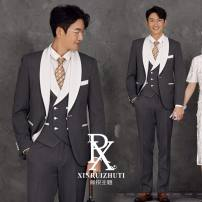 Suit Youth fashion Others Dark grey, black L height 170-175 weight 55-65 kg, XL height 170-180 weight 65-75 kg, 2XL height 170-180 weight 75-80 kg routine Green fruit collar Back middle slit Four seasons Self cultivation A single breasted button wedding Dark grey with white edge youth tide Assembly