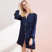 Pajamas / housewear set female Feiyong XL,L,M silk Long sleeves Simplicity pajamas spring Thin money V-neck youth More than 95% silk