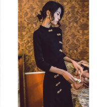 cheongsam Autumn of 2019 S M L XL Yellow button Long sleeves long cheongsam Retro No slits banquet Solid color 18-25 years old Piping HLQ19305 Lotus love other Other 100%