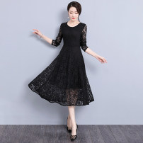 Women's large Autumn of 2019 Dress commute Self cultivation thickening Socket Long sleeves Solid color Korean version Crew neck Polyester cotton Three dimensional cutting routine Looking forward to the moon 25-29 years old Lace stitching longuette Polyester 95% polyurethane elastic fiber (spandex) 5%