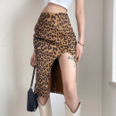skirt Spring 2021 S,M,L brown Mid length dress commute High waist skirt Leopard Print Type H 18-24 years old YXJMKD00611 91% (inclusive) - 95% (inclusive) other polyester fiber Resin fixation, split Retro