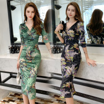 Dress Winter 2020 Black, green S,M,L Mid length dress singleton  elbow sleeve street V-neck middle-waisted Decor zipper other routine Others Type H printing other other