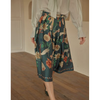 skirt Spring 2021 XS,S,M,L Green, pink Mid length dress Retro High waist A-line skirt Decor Type A 18-24 years old 91% (inclusive) - 95% (inclusive) Silk and satin Simple Retro polyester fiber Pleats, folds, zippers, prints 121g / m ^ 2 (including) - 140g / m ^ 2 (including)