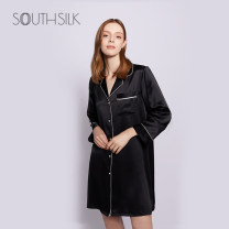 Pajamas / housewear set female Southern Silk nest M,L,XL Black, white silk Long sleeves Simplicity Leisure home summer routine Small lapel Solid color double-breasted middle age More than 95% silk JLSP19001 Short skirt