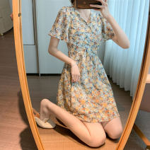 Dress Summer 2021 Lime green and tangerine S M L longuette singleton  Short sleeve commute V-neck High waist Broken flowers Socket A-line skirt routine 25-29 years old Type A Yamais / yamas Korean version printing More than 95% Chiffon other Other 100% Pure e-commerce (online only)