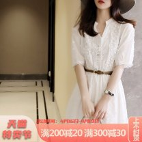 Dress Summer 2021 white S M L XL longuette singleton  Short sleeve commute V-neck High waist Solid color Socket A-line skirt routine 25-29 years old Type A Yamais / yamas Korean version Lace More than 95% Lace other Other 100% Pure e-commerce (online only)