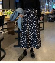 Women's large Spring 2021 black M [recommended 80-100 Jin], l [recommended 100-120 Jin], XL [120-140 Jin], 2XL [140-160 Jin recommended], 3XL [160-180 Jin recommended], 4XL [180-200 Jin recommended] skirt singleton  commute easy moderate Broken flowers Korean version polyester zc-9063 Jiantaman other