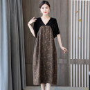 Dress Summer 2021 Picture color M L XL 2XL 3XL 4XL Mid length dress singleton  Short sleeve commute V-neck Loose waist Decor Socket A-line skirt routine Others 40-49 years old Type A Book Butterfly Korean version Pocket patchwork print More than 95% other other Other 100%