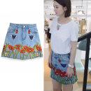skirt Spring of 2019 S,M,L,XL,2XL,3XL,4XL Denim skirt Short skirt Versatile High waist Denim skirt Big flower Type A 18-24 years old 91% (inclusive) - 95% (inclusive) Denim cotton
