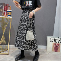 skirt Summer 2021 Average size Off white black longuette commute High waist A-line skirt Decor Type A 25-29 years old W24 51% (inclusive) - 70% (inclusive) Chiffon Yinwei polyester fiber printing literature Pure e-commerce (online only)