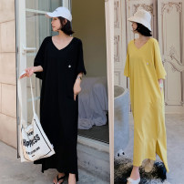 Dress Summer of 2019 Black, yellow L,XL,2XL longuette singleton  Short sleeve commute Crew neck Loose waist Solid color Socket Pleated skirt routine Others 18-24 years old Type H Korean version Pocket, button other cotton