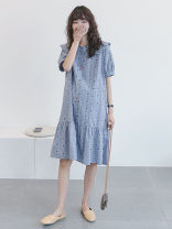 Dress Other / other Blue_ The line flower encircles the black flower, the white_ Black flowers surrounded by lines Average size Korean version Short sleeve Medium length summer Lapel Dot Cotton and hemp WS009781