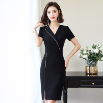 Dress Summer of 2019 S M L XL XXL 3XL 4XL Mid length dress singleton  Short sleeve commute V-neck High waist Solid color zipper One pace skirt routine Others 18-24 years old Luo ran Korean version Splicing More than 95% polyester fiber Polyester 97.4% polyurethane elastic fiber (spandex) 2.6%