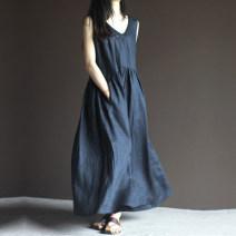 Dress Summer 2020 Off white, Navy M,L,XL,2XL longuette singleton  Sleeveless commute V-neck Loose waist Solid color straps Type A Korean version 51% (inclusive) - 70% (inclusive) cotton