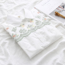 shirt white S M L XL Spring of 2018 cotton 96% and above Long sleeves commute Regular Polo collar Single row multi button routine Solid color 18-24 years old Straight cylinder Yousha Korean version YS-0225 Embroidered button Cotton 100% Pure e-commerce (online only)