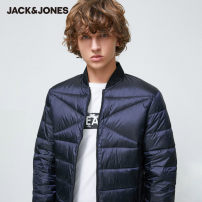 Down Jackets E39 Navy Jack Jones Grey duck down 165/88A/XS 170/92A/S 175/96A/M 180/100A/L 185/104A/XL 190/108A/XXL 195/112A/XXXL Fashion City Other leisure routine routine 90% Wear out Wear out youth Youthful vigor Closing sleeve Polyamide fiber (nylon) 100% Solid color Winter of 2019 nylon