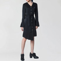 Women's large Spring 2021 black L XL 2XL 3XL 4XL Dress singleton  commute Straight cylinder moderate Socket Long sleeves Solid color Simplicity V-neck polyester fold pagoda sleeve HL3Q11498 Han Luojia 30-34 years old Asymmetry Medium length Polyester 100% Pure e-commerce (online only) Pleated skirt