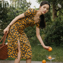Dress Summer 2020 S M L XL Mid length dress singleton  Short sleeve commute V-neck High waist Decor Socket A-line skirt bishop sleeve Others 18-24 years old Type A Meeting Retro printing More than 95% polyester fiber Polyester 100% Pure e-commerce (online only)