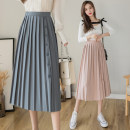 skirt Spring 2021 S,M,L,XL Black, pink, apricot, blue Mid length dress commute High waist Pleated skirt Solid color Type A 18-24 years old GT 51% (inclusive) - 70% (inclusive) Denim cotton Korean version