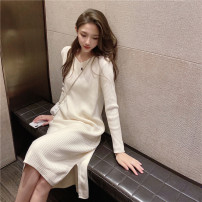 Women's large Winter 2020 S M L XL singleton  commute Straight cylinder Socket Long sleeves Solid color Korean version V-neck Medium length routine Buyido 25-29 years old longuette Triacetate fiber (triacetate fiber) 100% Pure e-commerce (online only)