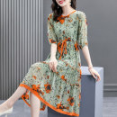 Dress Summer 2021 Light green S M L XL XXL Mid length dress Two piece set elbow sleeve Crew neck Loose waist Decor Socket Big swing routine 40-49 years old HN & Mo / Han Mu Stitched bandage print More than 95% silk Mulberry silk 100% Pure e-commerce (online only)