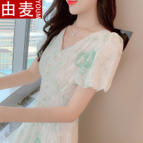 T-shirt Picture color S M L XL Summer 2021 Short sleeve V-neck Self cultivation Medium length puff sleeve Sweet other 96% and above 25-29 years old youth Solid color You mai 527172020ym Pleated zipper stitching button embroidered Ruffle lace pleated hollow Other 100% solar system