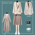 Fashion suit Summer 2021 S M L XL 2XL 3XL Suit + skirt apricot suit apricot skirt 25-35 years old Lungge 2021-331-6 Polyester 100% Pure e-commerce (online only)