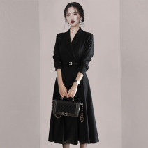 Dress Winter 2020 black S,M,L,XL longuette singleton  Long sleeves commute V-neck High waist Solid color Socket A-line skirt routine 18-24 years old Type A Ol style Frenulum 31% (inclusive) - 50% (inclusive)