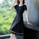 Dress Summer 2021 Black black- S M L XL 2XL 3XL Mid length dress singleton  Short sleeve commute V-neck middle-waisted Dot Socket A-line skirt routine Others 40-49 years old Type A Yi meichu lady Stitching zipper YN-1017 More than 95% other other Other 100% Pure e-commerce (online only)
