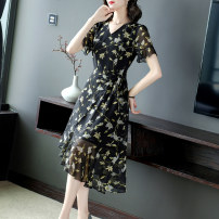 Dress Summer 2021 Black flowers black flowers- S M L XL 2XL 3XL Mid length dress singleton  Short sleeve commute V-neck middle-waisted Decor Socket A-line skirt routine Others 40-49 years old Type A Yi meichu lady Lace up zipper print YN-1019 More than 95% other other Other 100%