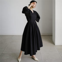 Dress Summer 2021 Khaki black S M L XL longuette singleton  Long sleeves commute V-neck High waist Solid color Socket A-line skirt routine 25-29 years old Type A Enchantment of imperial concubines Korean version Pleated pocket zipper U38 More than 95% cotton Cotton 100% Pure e-commerce (online only)