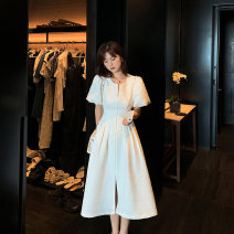 Middle aged and old women's wear Summer 2020 white S M L XL commute Dress singleton  Solid color Crew neck puff sleeve DNX4961 Dinohin polyester Polyester 70% other 30% 51% (inclusive) - 70% (inclusive) Pure e-commerce (online only) zipper Medium length Retro