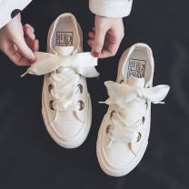 canvas shoe Other / other Low Gang 35 standard, 36 standard, 37 standard, 38 standard, 39 standard, 40 standard, collection store priority delivery Spring 2021 Frenulum Korean version rubber Solid color Youth (18-40 years old), children (under 18 years old) Cross strap, ankle strap, T-Strap