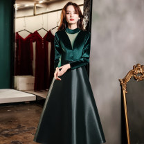 Dress / evening wear Weddings, adulthood parties, company annual meetings, daily appointments XS S M L XL XXL XXXL Dark green medium length Black Medium Length Korean version longuette middle-waisted Winter 2020 Self cultivation zipper 26-35 years old ULH8160 Long sleeves Solid color ULH routine