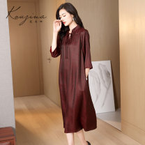 Dress Spring 2021 Dark red dark coffee dark green short sleeve M L XL XXL XXXL Mid length dress singleton  three quarter sleeve commute V-neck middle-waisted Solid color Socket A-line skirt routine Others 35-39 years old Type A Corzina Button KL-1289 30% and below silk Mulberry silk 30% others 70%